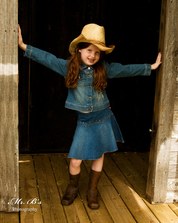 Little cowgirl, pictures for tots