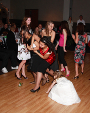 single ladies fight over the bouquet