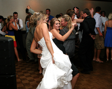 Bride gets down and Boogies